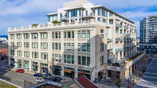 Photo 1: 433 770 Fisgard St in : Vi Downtown Condo for sale (Victoria)  : MLS®# 870857