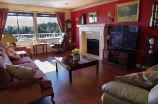 Photo 13: 515 TEMPE Crescent in North Vancouver: Upper Lonsdale House for sale : MLS®# R2504200
