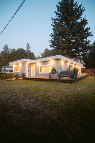Photo 3: 34012 OXFORD Avenue in Abbotsford: Central Abbotsford House for sale : MLS®# R2489416