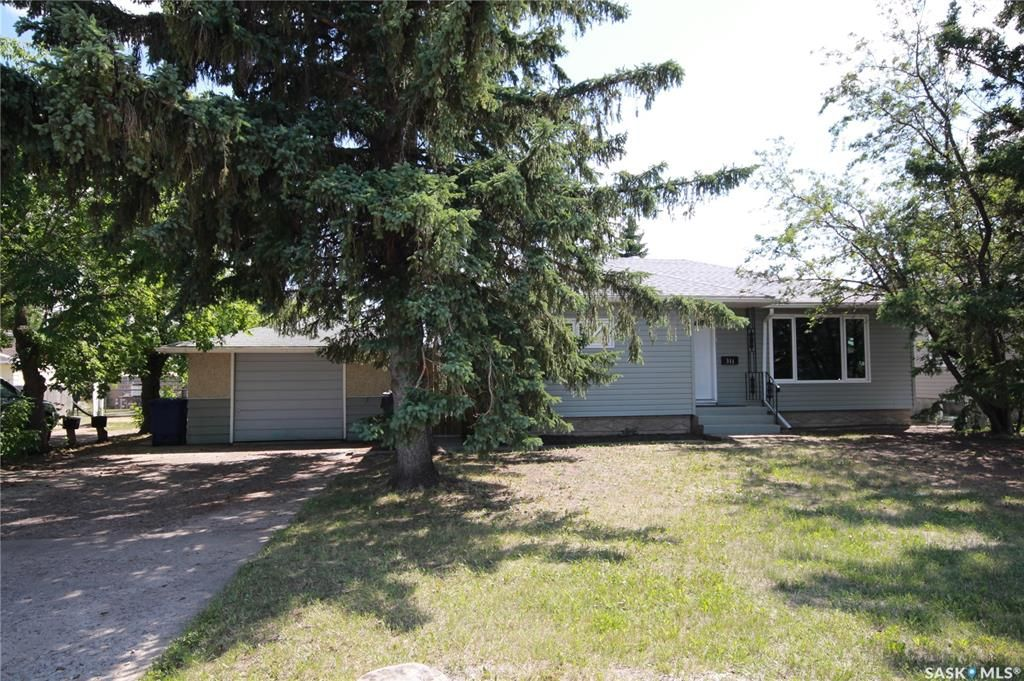 Main Photo: 311 26th Street West in Battleford: Residential for sale : MLS®# SK863184