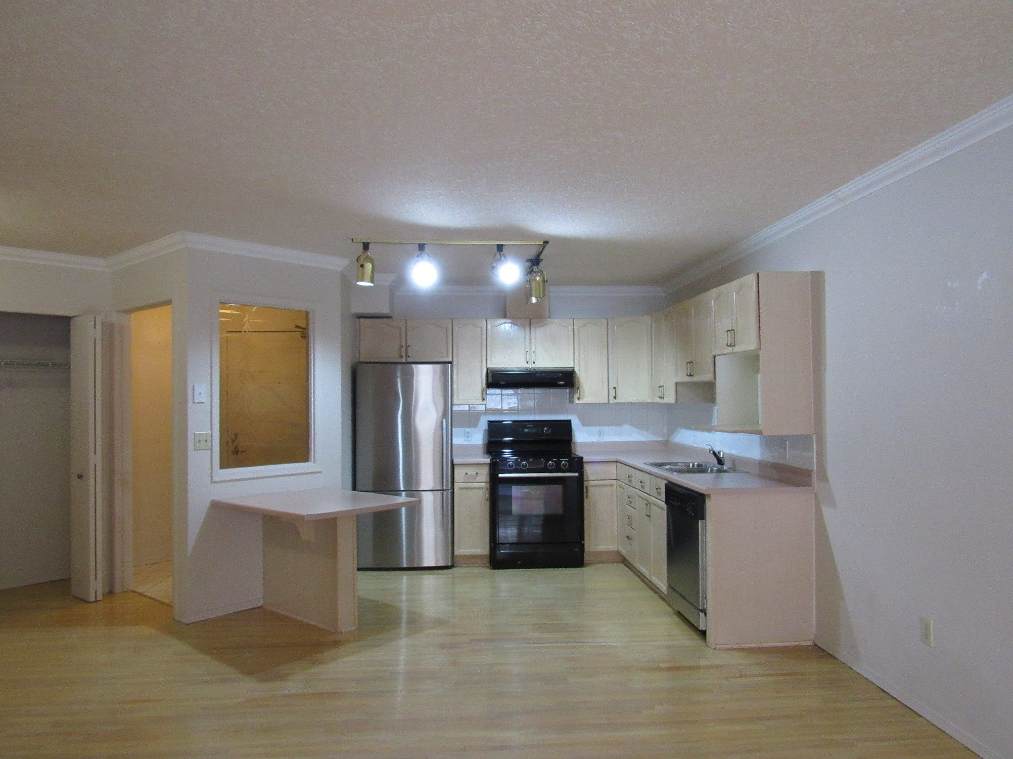 Main Photo: 205, 3 Perron Street in St. Albert: Condo for rent