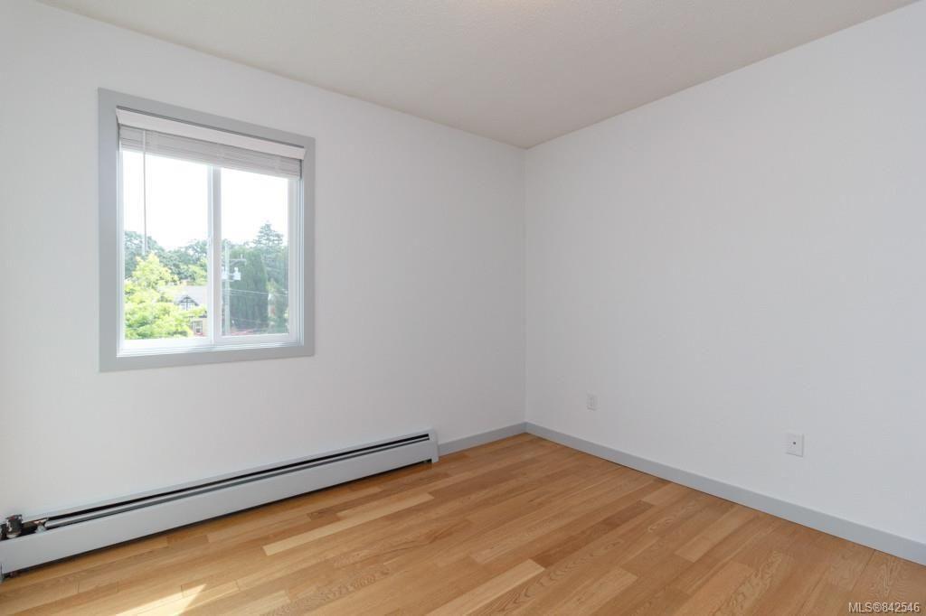 Photo 14: Photos: 402 3800 Quadra St in Saanich: SE Quadra Condo for sale (Saanich East)  : MLS®# 842546
