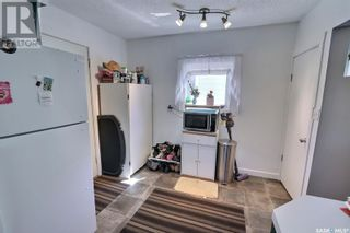 Photo 10: 632 8th ST E in Prince Albert: House for sale : MLS®# SK855870