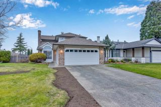 Photo 2: 15561 94 Avenue: House for sale in Surrey: MLS®# R2546208