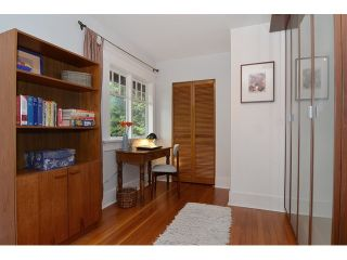 """Photo 10: 902 W 23RD Avenue in Vancouver: Cambie House for sale in """"DOUGLAS PARK"""" (Vancouver West)  : MLS®# V1125620"""