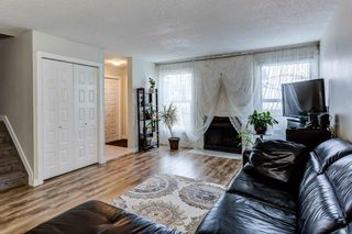 Photo 5: 1126 KNOTTWOOD Road E in Edmonton: Zone 29 Townhouse for sale : MLS®# E4241225