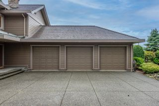 Photo 2: 1987 Fairway Dr in : CR Campbell River West House for sale (Campbell River)  : MLS®# 878401