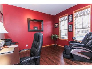Photo 6: 381 ELGIN Way SE in Calgary: McKenzie Towne House for sale : MLS®# C4036653