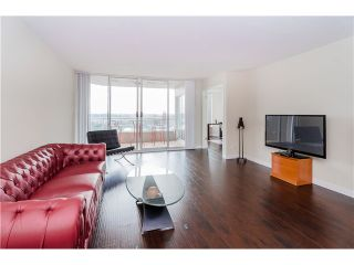 "Photo 9: 1505 1065 QUAYSIDE Drive in New Westminster: Quay Condo for sale in ""QUAYSIDE TOWER II"" : MLS®# V1128596"