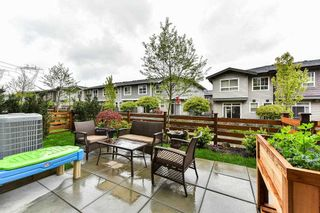 "Photo 4: 40 2687 158 Street in Surrey: Grandview Surrey Townhouse for sale in ""The Jacobsen"" (South Surrey White Rock)  : MLS®# R2159353"