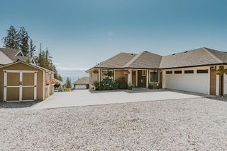 """Photo 2: 6014 COWRIE Street in Sechelt: Sechelt District House for sale in """"SilverStone Heights"""" (Sunshine Coast)  : MLS®# R2612908"""
