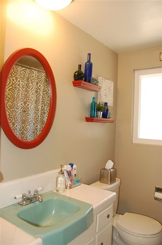 Photo 15: LA MESA House for sale : 4 bedrooms : 6305 Cresthaven Dr