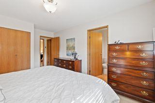 Photo 13: 2579 126TH Street in Surrey: Crescent Bch Ocean Pk. 1/2 Duplex for sale (South Surrey White Rock)  : MLS®# R2604000