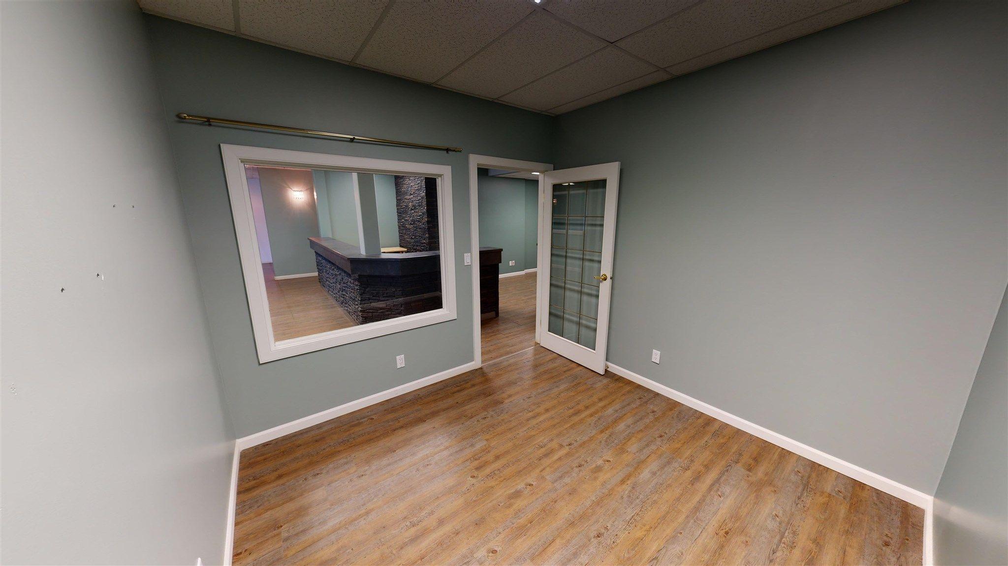 Photo 9: Photos: 10067 100 Avenue in Fort St. John: Fort St. John - City NW Office for sale (Fort St. John (Zone 60))  : MLS®# C8039097