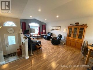 Photo 8: 50 WELLWOOD DRIVE in Whitecourt: House for sale : MLS®# AW52481