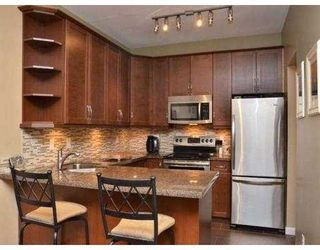 Photo 10: 102 450 BROMLEY Street in Coquitlam: Coquitlam East Condo for sale : MLS®# V982968