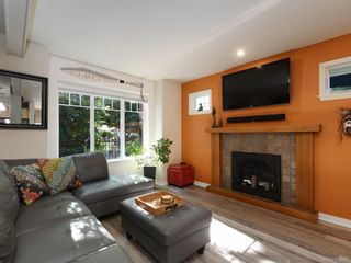 Photo 3: 1 2650 Shelbourne St in : Vi Oaklands Row/Townhouse for sale (Victoria)  : MLS®# 850293