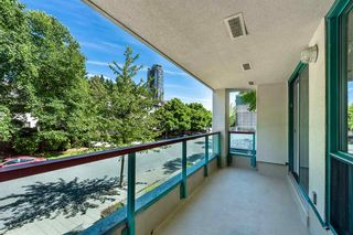 """Photo 18: 102 1148 HEFFLEY Crescent in Coquitlam: North Coquitlam Townhouse for sale in """"CENTURA"""" : MLS®# R2592791"""