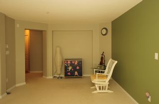 """Photo 5: 302 2966 SILVER SPRINGS BLV Boulevard in Coquitlam: Westwood Plateau Condo for sale in """"TAMARISK"""" : MLS®# R2171293"""