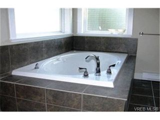 Photo 6:  in VICTORIA: La Thetis Heights House for sale (Langford)  : MLS®# 417767