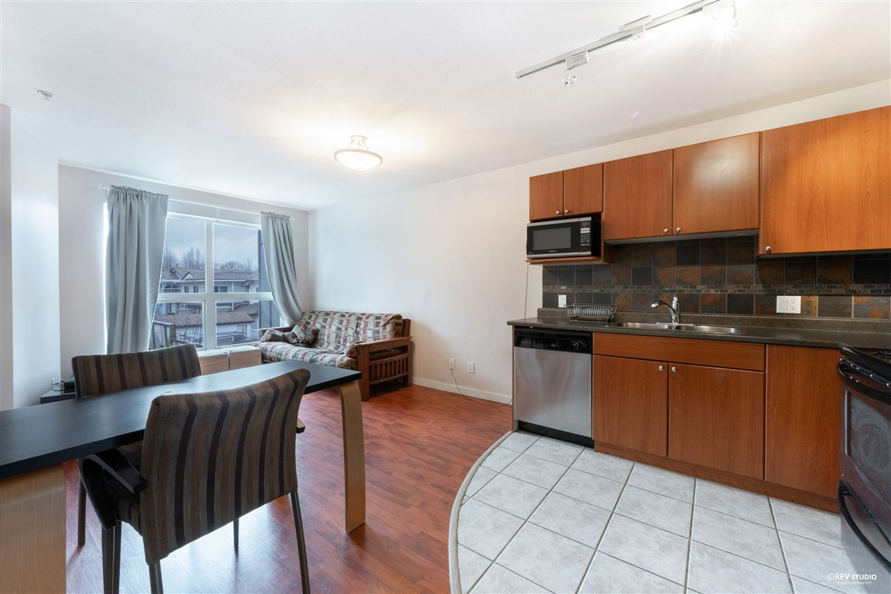 """Main Photo: 308 2891 E HASTINGS Street in Vancouver: Hastings Sunrise Condo for sale in """"PARK RENFREW"""" (Vancouver East)  : MLS®# R2537217"""