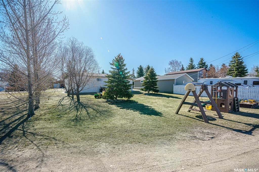 Photo 41: Photos: 207 Islay Street in Colonsay: Residential for sale : MLS®# SK851603