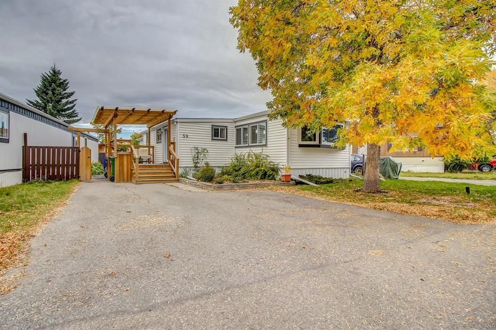 Main Photo: 59 9090 24 Street SE in Calgary: Riverbend Mobile for sale : MLS®# A1147460