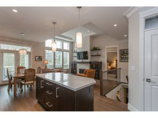 """Photo 4: 2 15989 MOUNTAIN VIEW Drive in Surrey: Grandview Surrey Townhouse for sale in """"HEARTHSTONE IN THE PARK"""" (South Surrey White Rock)  : MLS®# R2153364"""