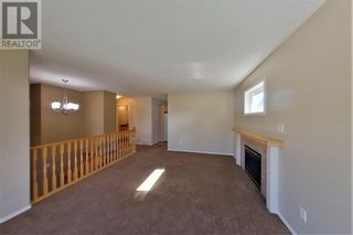 Photo 15: 152 MacKay Crescent in Hinton: House for sale : MLS®# A1108332