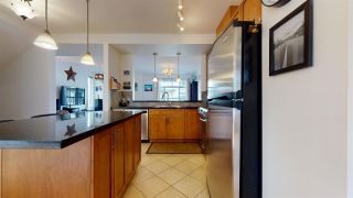 """Photo 6: 37 40632 GOVERNMENT Road in Squamish: Brackendale Townhouse for sale in """"Riverswalk"""" : MLS®# R2546041"""
