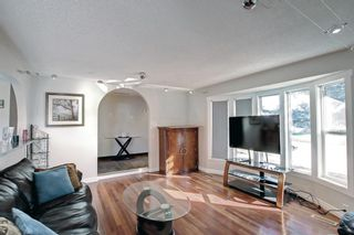 Photo 6: 1931 Pinetree Crescent NE in Calgary: Pineridge Detached for sale : MLS®# A1153335