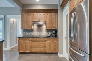 Photo 12: 228 WOODHAVEN Bay SW in Calgary: Woodbine Detached for sale : MLS®# A1016669