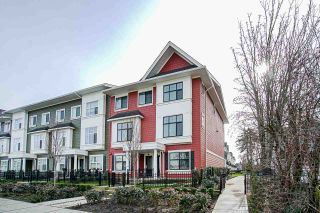 Photo 3: 39 27735 ROUNDHOUSE Drive in Abbotsford: Aberdeen Townhouse for sale : MLS®# R2543501