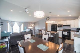 Photo 2: 44 Edelweiss Crescent in Niverville: Fifth Avenue Estates Residential for sale (R07)  : MLS®# 1709768