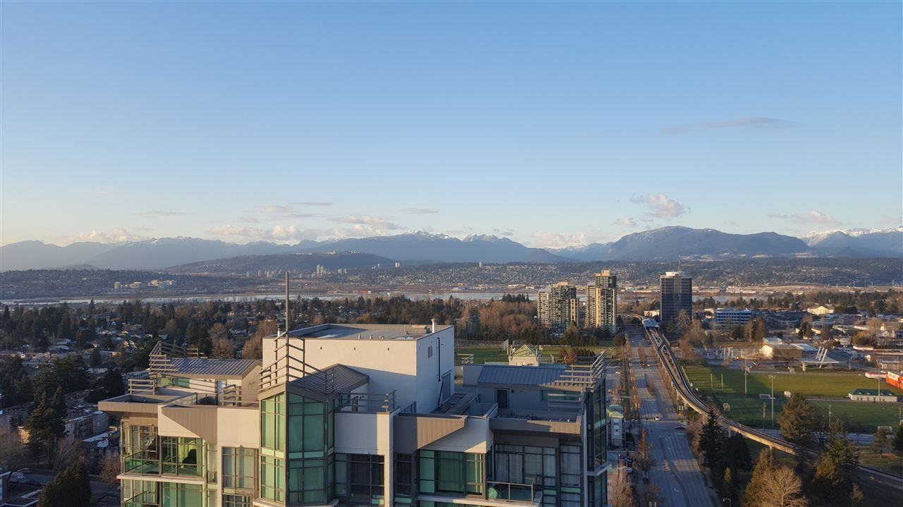 Main Photo: 3206 13398 104 Avenue, Whalley, Surrey, BC, V3T 1V6 in Surrey: Whalley Condo for sale : MLS®# R2253788