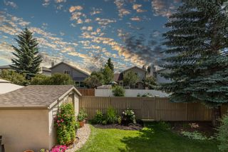 Photo 3: 387 SUNLAKE Road SE in Calgary: Sundance Detached for sale : MLS®# A1013889