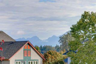 "Photo 17: 308 1655 GRANT Avenue in Port Coquitlam: Glenwood PQ Condo for sale in ""THE BENTON"" : MLS®# R2341563"