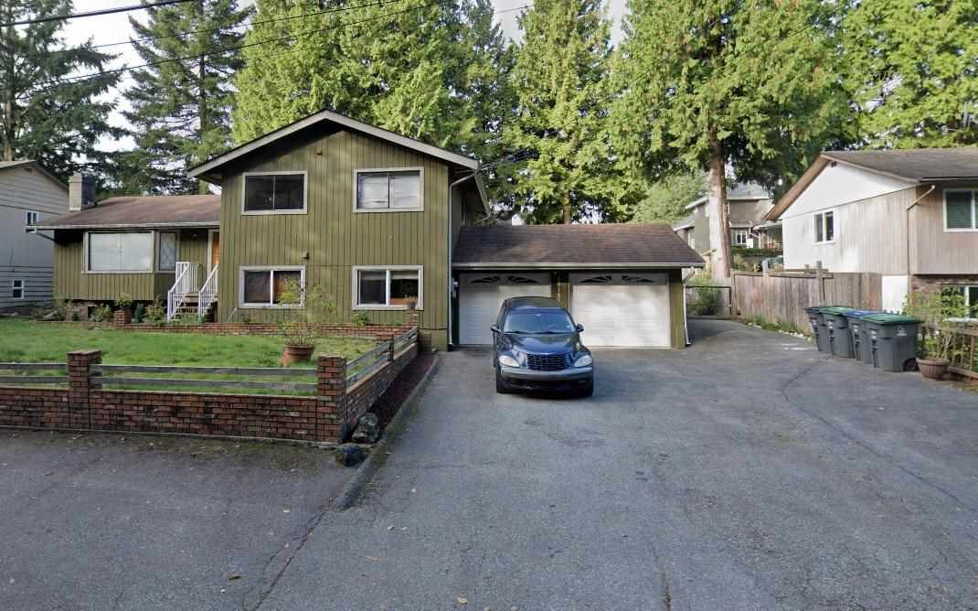 """Main Photo: 10185 145TH Street in Surrey: Guildford House for sale in """"Guildford"""" (North Surrey)  : MLS®# R2577386"""