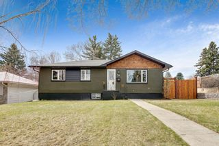 Main Photo: 15 Tipton Place NW in Calgary: Thorncliffe Detached for sale : MLS®# A1102330