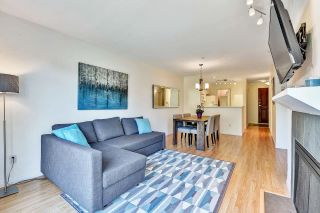 """Photo 2: 304 2525 W 4TH Avenue in Vancouver: Kitsilano Condo for sale in """"SEAGATE"""" (Vancouver West)  : MLS®# R2605996"""