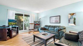 Photo 4: 31 WARWICK Road in Edmonton: Zone 27 House Half Duplex for sale : MLS®# E4259252