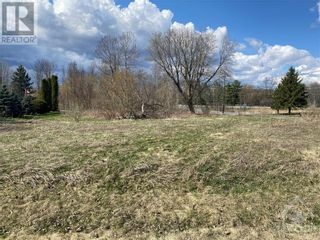 Photo 1: 001 HUDSON CRESCENT in Cardinal: Vacant Land for sale : MLS®# 1258903