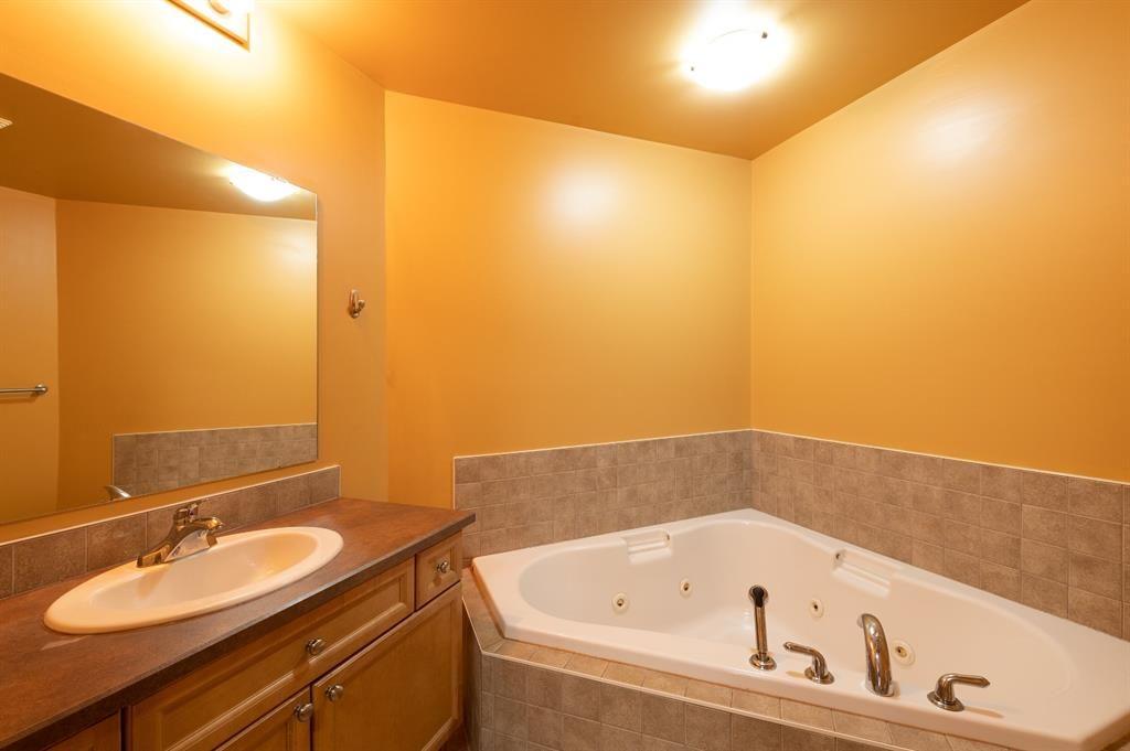 Photo 12: Photos: 306 290 Plamondon Drive: Fort McMurray Apartment for sale : MLS®# A1127119
