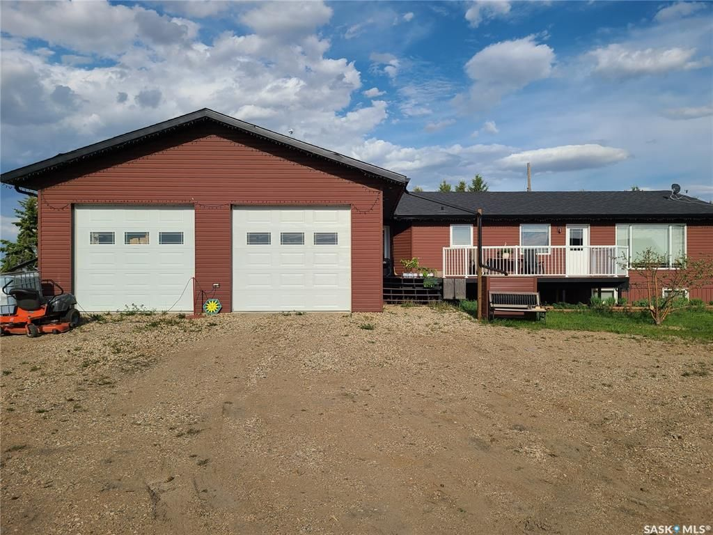 Main Photo: Peterson Acreage in Connaught: Residential for sale (Connaught Rm No. 457)  : MLS®# SK858446