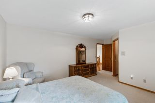 Photo 25: 927 Shawnee Drive SW in Calgary: Shawnee Slopes Detached for sale : MLS®# A1123376
