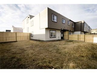 Photo 17: 107 3809 45 Street SW in CALGARY: Glenbrook Townhouse for sale (Calgary)  : MLS®# C3499753