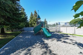 Photo 11: 53 717 Aspen Rd in : CV Comox (Town of) Condo for sale (Comox Valley)  : MLS®# 880029