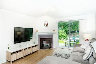 """Photo 2: 31 101 PARKSIDE Drive in Port Moody: Heritage Mountain Townhouse for sale in """"Treetops"""" : MLS®# R2423114"""