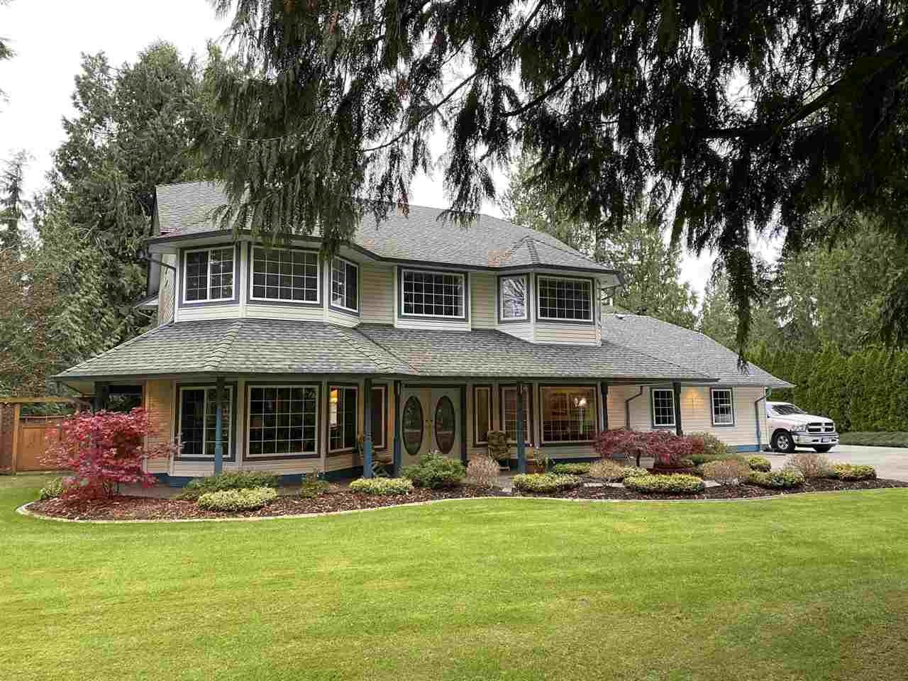 """Main Photo: 8021 WADE Terrace in Mission: Mission BC House for sale in """"GOLF COURSE/SPORTS PARK"""" : MLS®# R2517109"""