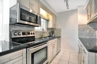 Photo 9: 16 2272 Mowat Avenue in Oakville: Condo for sale : MLS®# 30762153